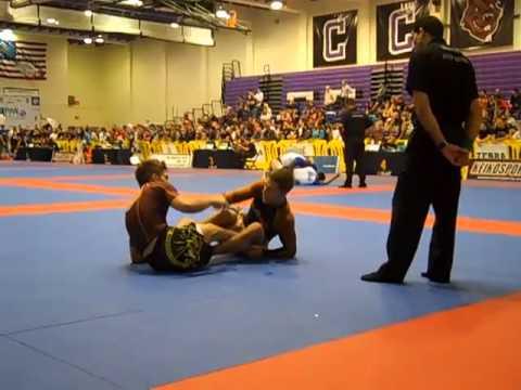 Gianni Grippo vs Carlos Rosado Finals 2012 Nogi Pan Ams Brown Belt Feather