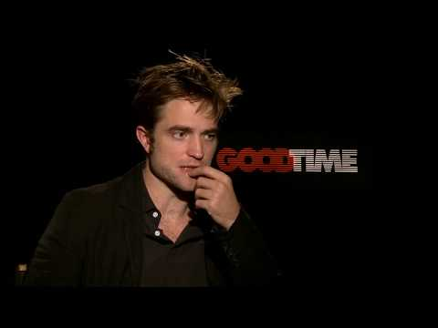 Download Youtube: Five Minutes With: Robert Pattinson