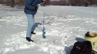 Repeat youtube video Manual Ice Auger
