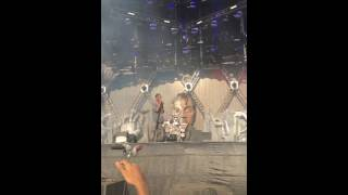 travis scott 1st performance of goosebumps made in america 2016