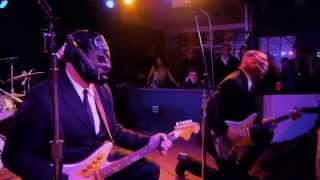Batman Theme Song - Los Straitjackets