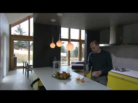 maison contemporaine basse energie du cot de chez vous. Black Bedroom Furniture Sets. Home Design Ideas