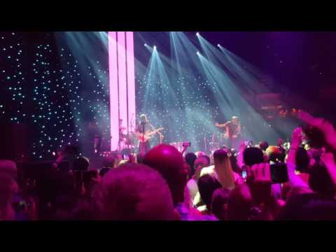 Imagine Dragons - Whatever it Takes (London Roundhouse concert)
