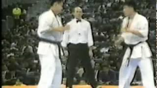 TANIGAWA KOU VS OKAMOTO TORU KYOKUSHIN 6TH WORLD OPEN KARATE TOURNA...