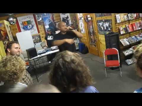 Homeboy Sandman Live @ Super Fly Comics 08.10.2K13