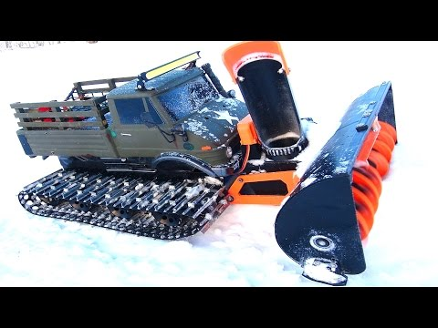RC ADVENTURES - Snow Machine doing Work! This Uni-Blower is SUPER COOL!