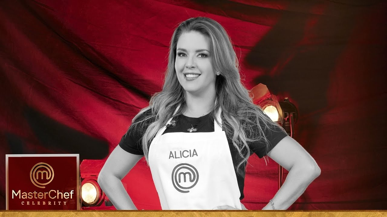 Alicia Machado se quita el mandil de MasterChef Celebrity.   MasterChef Celebrity 2021
