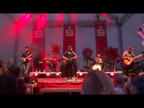 """Johannes Oerding """"Und wenn die Welt"""" live in Papenburg"""