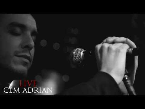 Cem Adrian - Bana Ne Yaptın (Live)