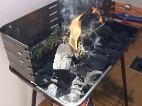 Como encender y preparar una barbacoa youtube for Como encender una barbacoa
