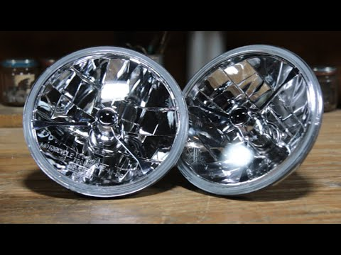 Speedway Replacement 7 Inch Fluted Halogen Headlights