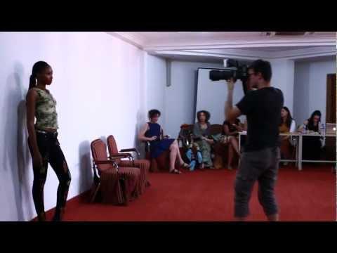 Teaser du Film UFFP Fashion show Ouagadougou 2012 EDUCATION FOR PEACE
