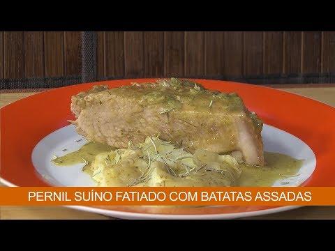 PERNIL SUÍNO FATIADO COM BATATAS ASSADAS