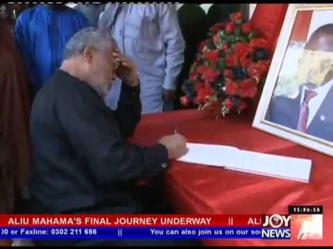 Ex-President writes in Aliu Mahama's Book of Condolence