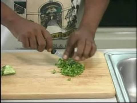Creole Shrimp Sausage Recipe : Cutting Green Bell Pepper for Shrimp Sausage Recipe