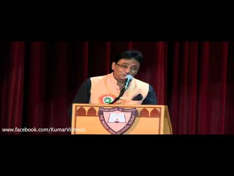 Dr Kumar Vishwas Presenting Malikzada Javed - Dubai 2014