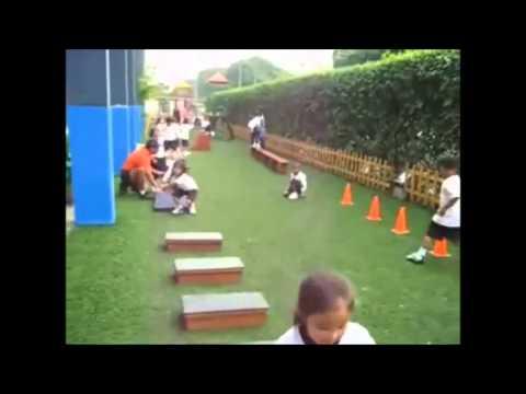 Actividades para desarrollar la motricidad gruesa youtube for Actividades para jardin
