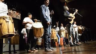 """Dario Tevez junto al """"Indio"""" Froilán Gonzales, Tere Castronuovo, Goma Herrera, Migui Cáceres, Ceci E"""