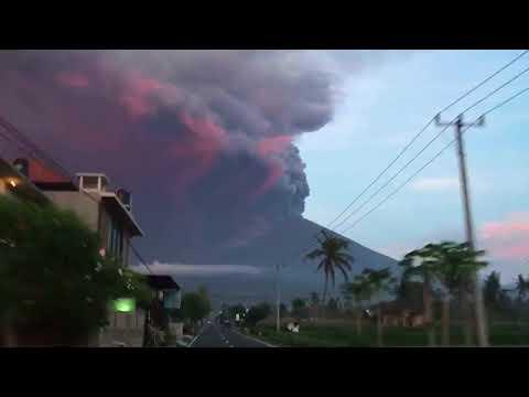 Mount Agung erupting