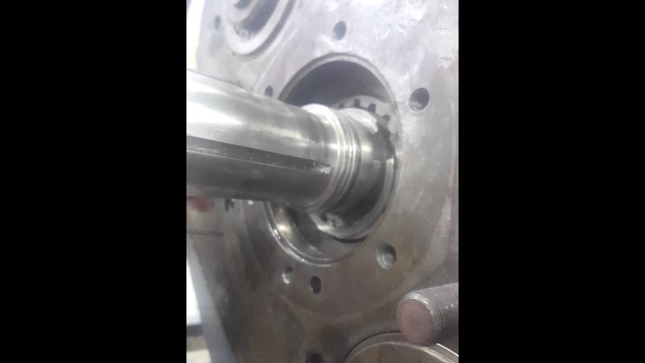Input shaft removal and install