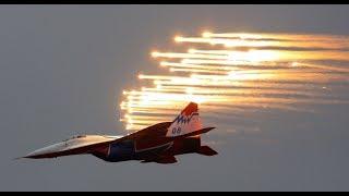 MAKS 2017: Head-spinning 360 video of legendary aerobatic team