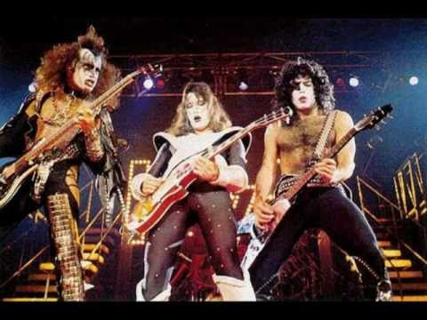 Kiss - Strutter 78 - Double Platinum Album 1978 - YouTube