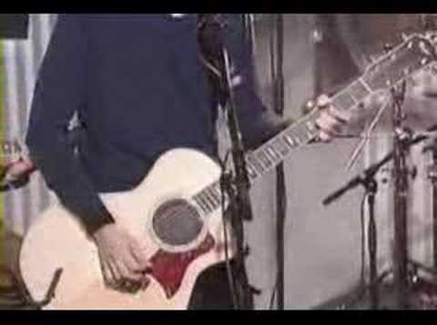 Foo Fighters - Monkey Wrench - (AT&T Acoustic) 2000