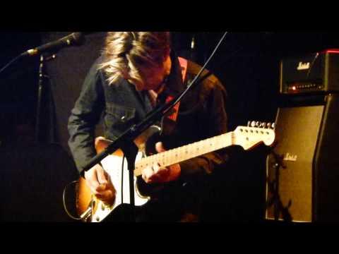 Eric Johnson Up Close Tour Paris 23.04.2013 full concert Part 1