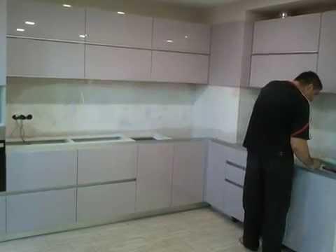 Кухни под заказ Киев . Кухня мдф покраска глянец фурнитура BLUM Ручка профиль .