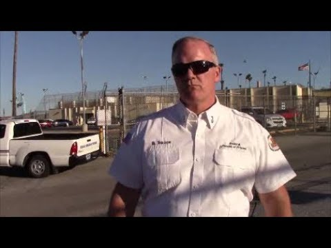 1st Amendment Audit, Terminal Island Federal Prison