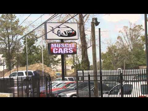 Loanstar Car Lot - Leading Edge Displays