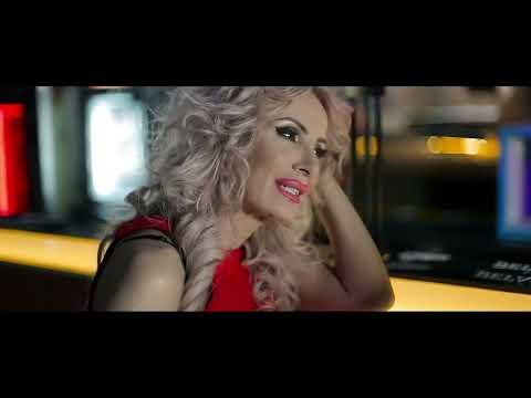 DANIELA GYORFI - Imi faci inima praf…VIDEO MUSIC official
