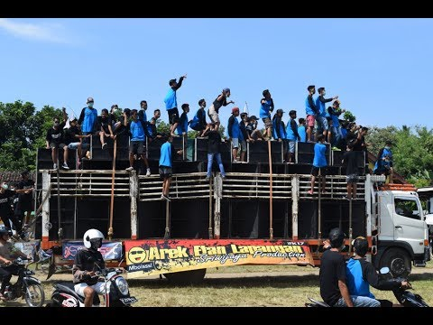 Tutupe wirang Mengalahkan Suara Sound Sistem smua-PapaMama Sriwijaya vs Giant,idola