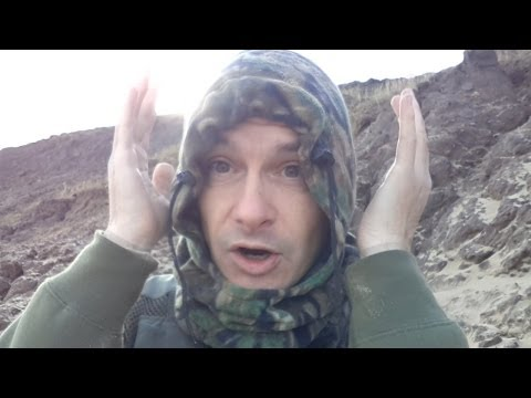 Metal Detecting Finds Me Love On The Beach (183)