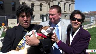 Sen. Lucido talks with 8th District residents who rescued a dog