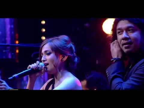 Monali Thakur Moh Moh Ke Dhaage Singing Live With Papon    DUM LAGA KE HAISHA