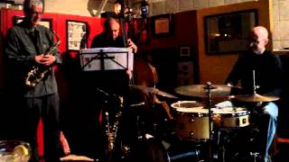 "Harvey Wainapel Trio: ""I'm Confessin (That I Love You)"""