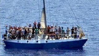 В Эгейском море погибли нелегальные иммигранты(По меньшей мере 22 нелегальных иммигранта, среди них женщины и дети, погибли у греческого острова Самос...., 2014-05-05T14:28:15.000Z)