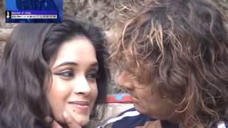 Download ye reshmi julfe ye sharbati aankhen MP3 song and Music Video
