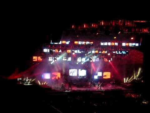 TSO [live in concert] Carol of the Bells / God Rest Ye Merry Gentlemen