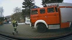 [INSIDE VIEW] ELW+HLF Feuerwehr Oelsnitz Ölspur mit Gefahr