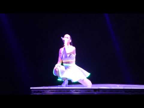 Katy Perry - Wide Awake (Live) Hamburg/Germany