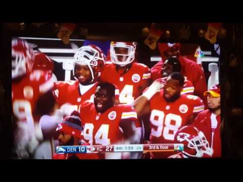 Kansas city chiefs poe to Harris touchdown
