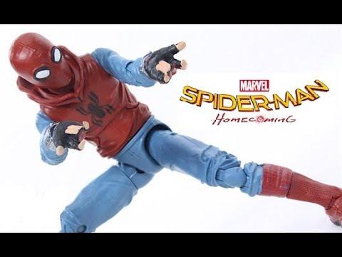 Удивительно храбрый и ловкий новый человек паук. Купить игрушки с героем фильма, автотреки с ловушками, липкую паутину можно в.