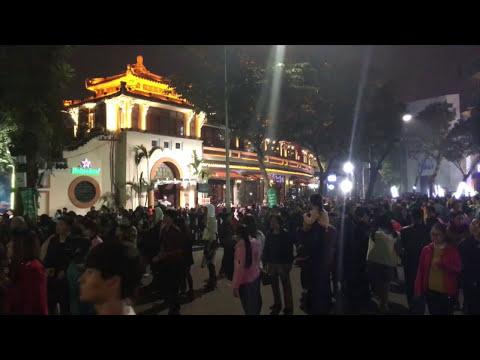 An evening of Hanoi street music