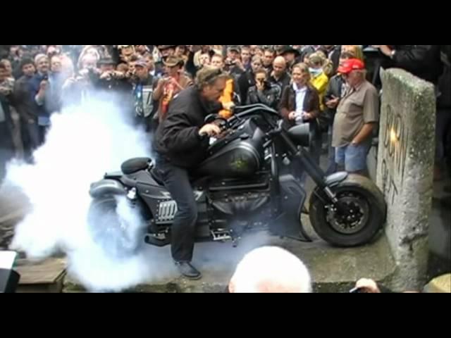 Boss Hoss Burnout + Reifenplatzer!!!!!