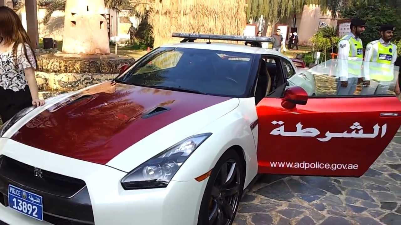 Abu Dhabi Police Car Nissan Gt R 22 01 2013 Youtube