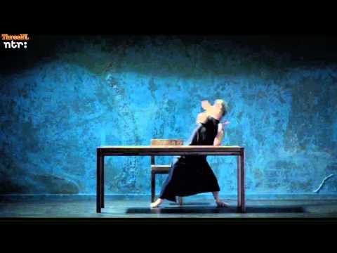 NTR Dance: Off ground