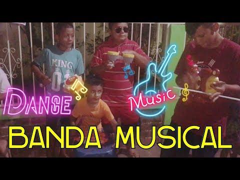 La Banda de EL SALVADOR CHIRILAGUA TV 😎 PUPA Bailando El Baile del Pirulino 😉