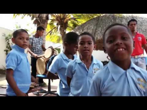 Just Energy Gives Back to Education | Cartagena, Colombia